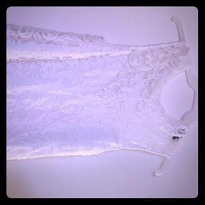 Lace slevelees shirt